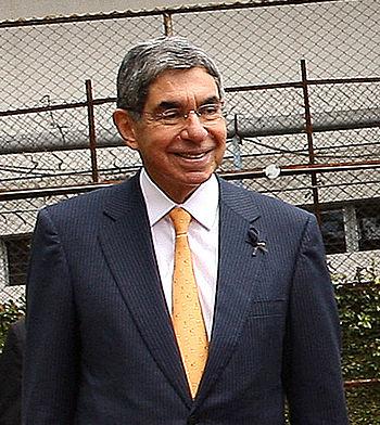 Oscar Arias %282009%29-2