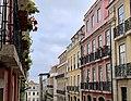 Our pretty street in Lisbon (40884202193).jpg