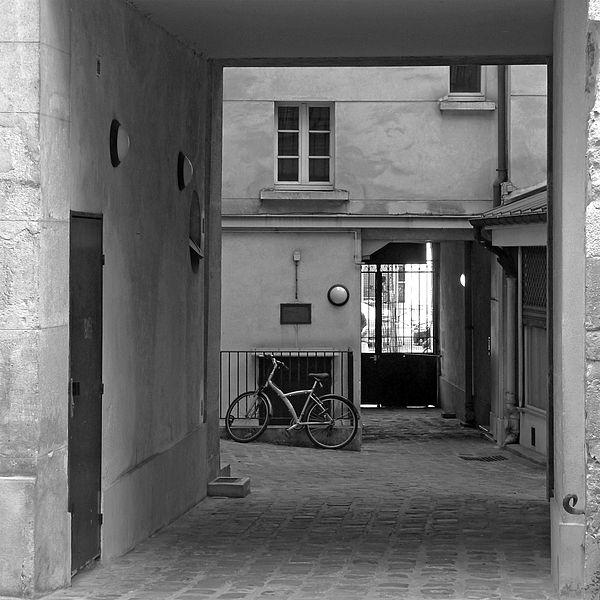 Fichier:P1200964 Paris IV passage Charlemagne rwk.jpg