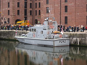 P292 at Canning half-tide dock, Liverpool.JPG