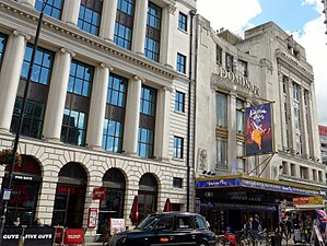 Dominion Theatre - Dominion Theatre (2017) with An American in Paris on its new double-sided LED screen