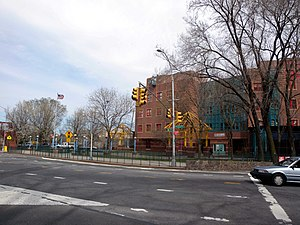 Harlem River Drive - Northern terminus of the parkway at Dyckman Street and Tenth Avenue in Inwood