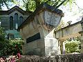 Paris Père Lachaise La Fontaine et Molière.JPG