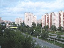 Parkovy Avenue in the evening (2007).jpg