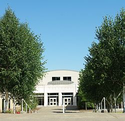 Parkrose High School close - Portland, Oregon.JPG