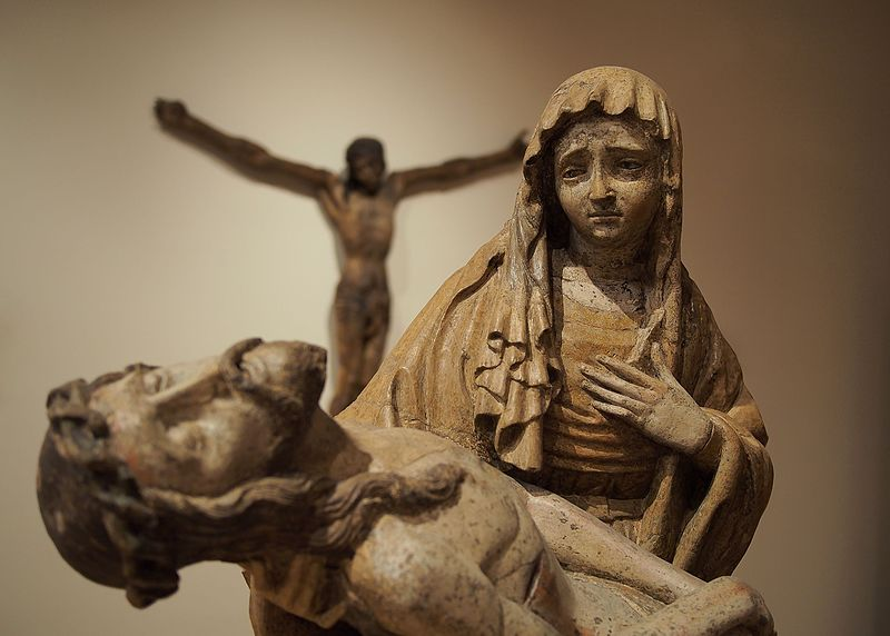 "File:Passion of Jesus (sculpture ""Crucifixion of Jesus"" observing ""Virgin Mary cradling the dead body of Jesus"").jpg"