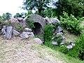 Petzow Schloss Bogenbrücke 2.JPG