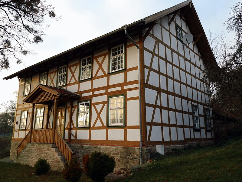 File:Pfarrhaus Limlingerode.JPG