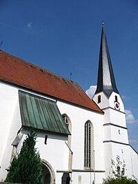 Pfarrkirche Neukirchen am Inn.JPG