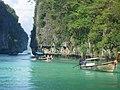 Phi Phi Island Tour (4297214274).jpg