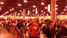 File:Phoenix Comicon 2012 autographs.ogv