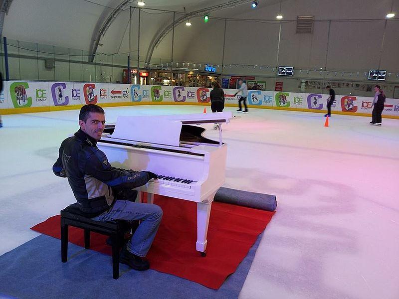 פסנתר על הקרח | יקי צימרמן