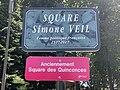 Plaque square Simone Veil Bourg Bresse 3.jpg