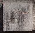 Plaque statue Haussmann croisement boulevard Haussmann rue de Laborde.jpg