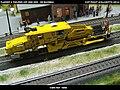 Plasser & Theurer USP 2000 SWS DB Bahnbau Kibri 16060 Modelismo Ferroviario Model Trains Modelleisenbahn modelisme ferroviaire ferromodelismo (13967206340).jpg
