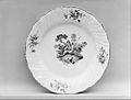 Plate (one of a pair) MET 100776.jpg