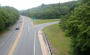 Two-lane expressway - The Plimoth Plantation Highway in Massachusetts is a two-lane expressway.
