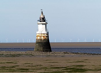 English: Plover scar range front lighthouse. B...