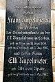 Poertschach Ortsfriedhof Grabplatte von Franz und Elli Kupelwieser 15072011 134.jpg