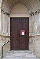 Porta lateral de la catedral d'Osca.JPG