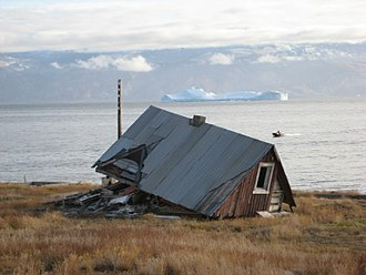 Qullissat - A house in 2008, 36 years after the settlement was abandoned.