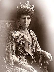 Queen Alexandra Portrait 1913.jpg