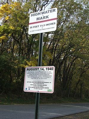 High water mark - High water mark sign in Bisset Park, Virginia, United States