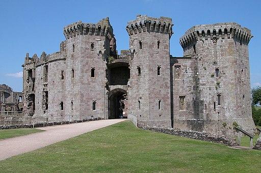 Raglan Castle - geograph.org.uk - 2235279