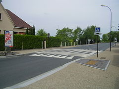 Ralentisseur Route Wikipedia