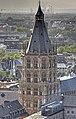 Rathausturm Köln, Nordwestseite vom Dom 2009.jpg