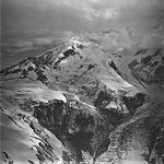 Redoubt Volcano and Glacier, icefall and bergschrund on upper portions of mountain glacier, September 4, 1977 (GLACIERS 6760).jpg