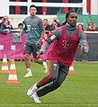 Renato Sanches Training 2019-04-10 FC Bayern Muenchen-2.jpg
