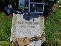 Resting place Philip Lynott.jpg