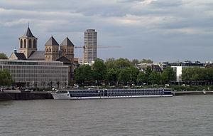 River Discovery II (ship, 2012) 004.JPG