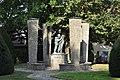 Rodheim vor der Höhe, Denkmal Zweiter Weltkrieg.jpg