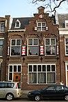 foto van Herenhuis met trapgevel in opvallende Hollandse neo-Renaissancestijl