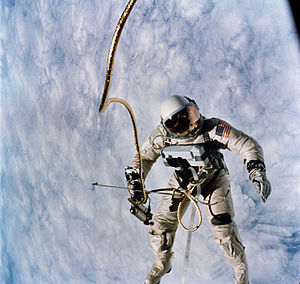 Umbilical cable - Gemini astronaut with umbilical
