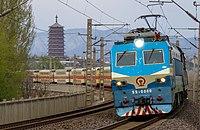 SS8 0080 at Huaishuling (20180406143227).jpg