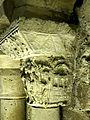 Saint-Denis (93), basilique, crypte, collatéral nord, chapiteau roman 17.jpg