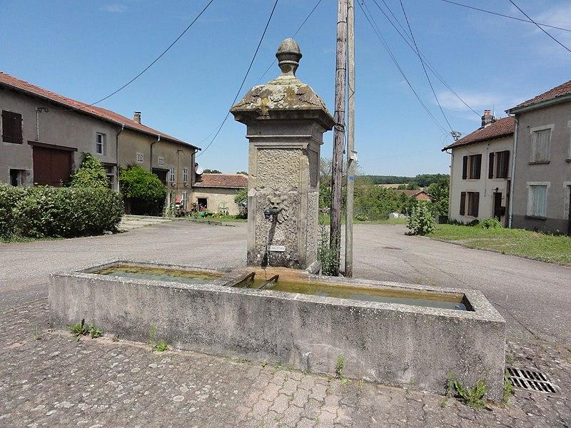 Sainte-Pôle (M-et-M) fontaine