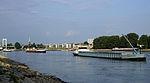 Schiffsstau auf dem Rhein bei Köln 2013-08-20-04.JPG