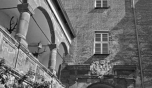 Schloss-fronberg-inninhof.jpg