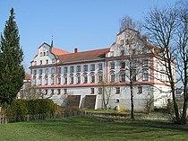 Schloss Neuhaus am Inn.jpg