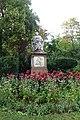 Schubert Denkmal, Vienna (3).jpg