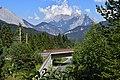 Seefeld in Tirol - Mittenwaldbahn - Brücke über die B177.jpg