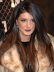 Shenae Grimes podczas New York Fashion Week, luty 2012