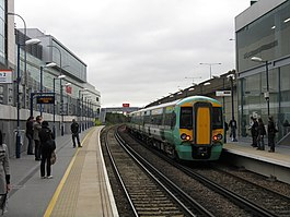 "Shepherd's Bush Station - ""Overground"" Platforms - geograph.org.uk - 1326037.jpg"