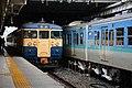 Shinano Railway 115 series at Nagano Station (40583415643).jpg