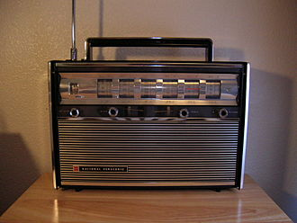 Shortwave radio - National Panasonic R3000 analog shortwave receiver, circa 1965