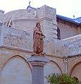 Socha sv. Jeronýma, Betlém, dvůr baziliky Narození Páně.jpg